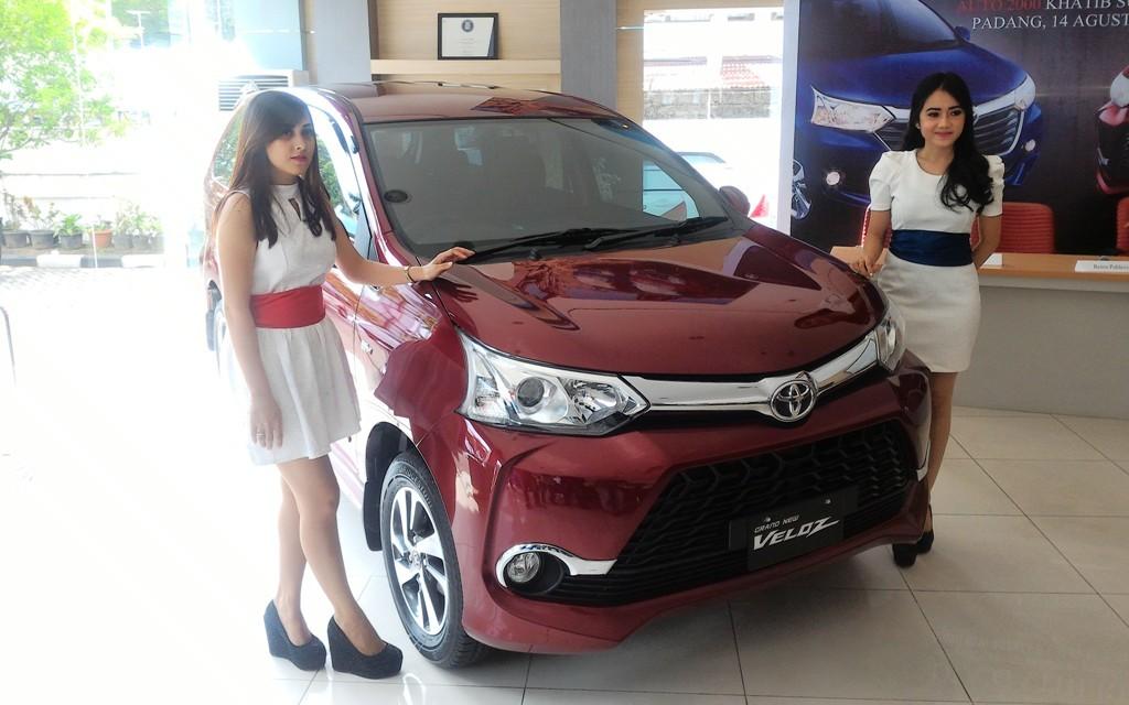 Launching Toyota Grand New Avanza dan Grand New Veloz di Toyota Auto 2000, Khatib Sulaiman, Kota Padang. Foto : Ikhwan