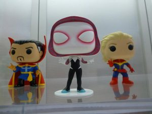 Doctor Extraño, SpiderGwen y Capitana Marvel!!!