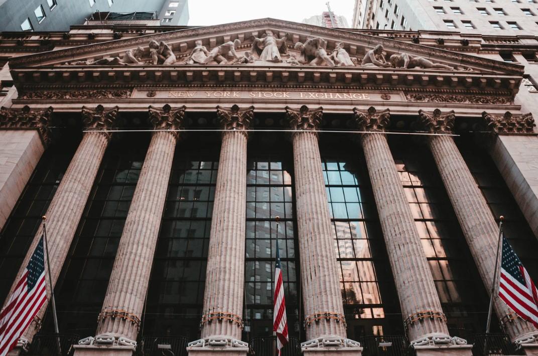 金融セクター