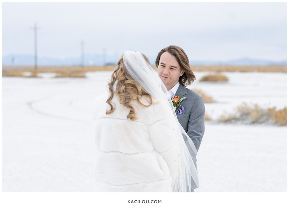 utah elopement photographer kaci lou photography bonneville salt flats sneak peek photos for kylie and max-54.jpg