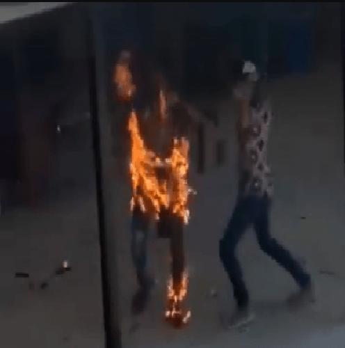 जागिरबाट निकालिंदा आफ्नै शरीरमा आगो लगाई आत्मदाह