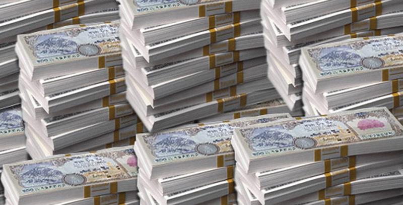 बैंकमा थुप्रिन थाल्यो पैसा