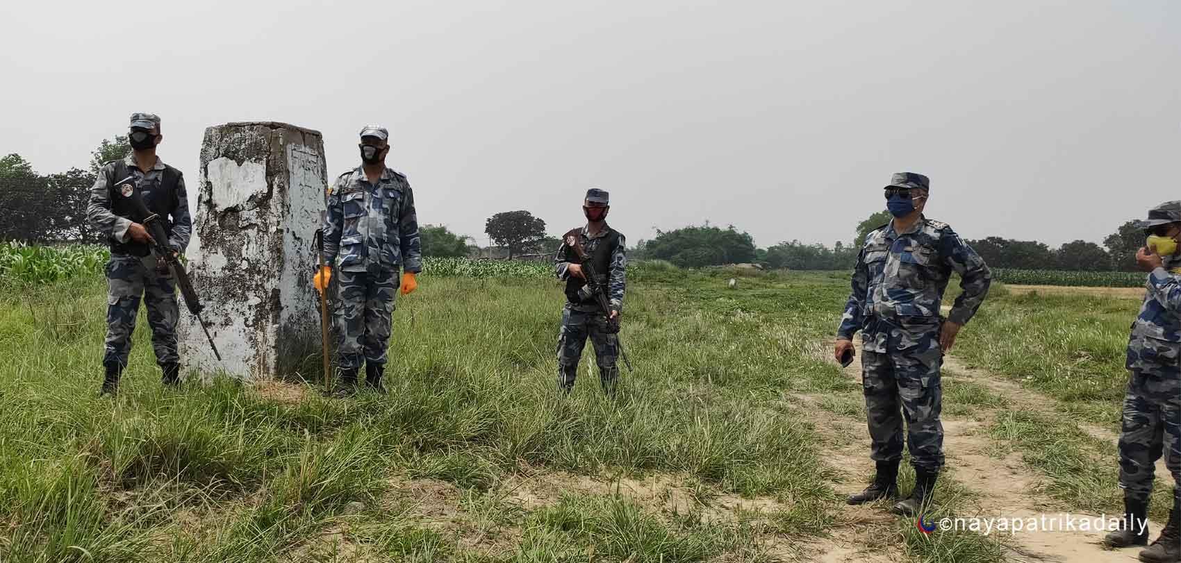 रातको समयमा भारतबाट नेपाल भित्रिने क्रम बढेपछि सीमा क्षेत्रका बासिन्दा त्रसित