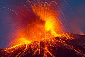 Water is born with volcanoes and lavas