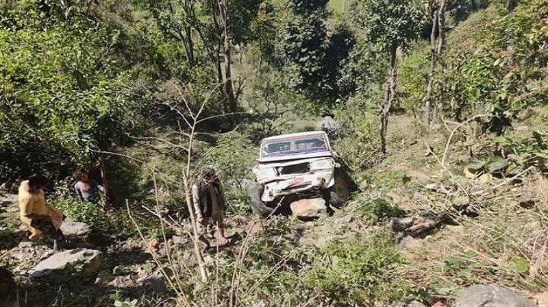 रोल्पा जाँदै गरेको जिप दुर्घटना हुँदा तीन जनाको मृत्यु