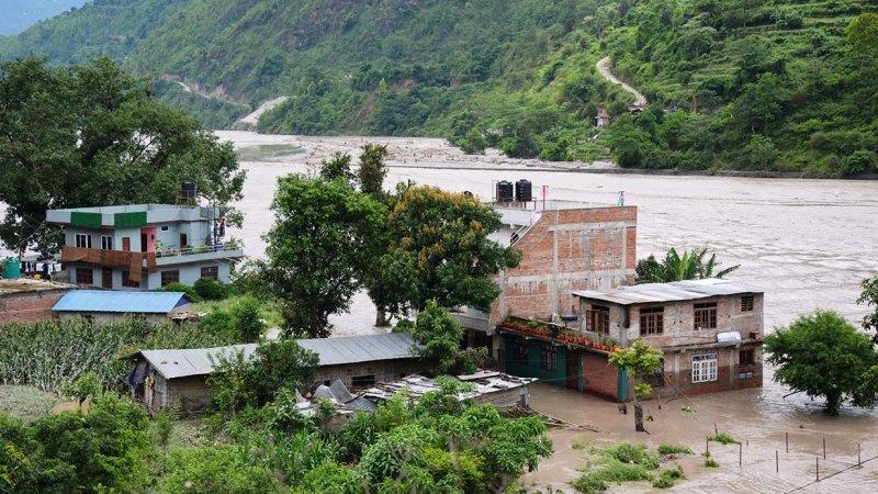 दोलालघाट पुरानो बजार क्षेत्रका ११ घर डुबानमा