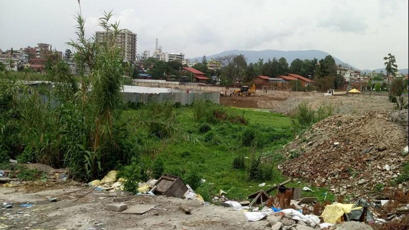 ललिता निवास क्षेत्रभित्र पर्ने सरकारी जग्गा व्यक्तिको नाममा गर्ने ४९ जनाविरुद्ध भूमिसुधार तथा मालपोत कार्यालय काठमाडौंले २१ दिने सूचना जारी