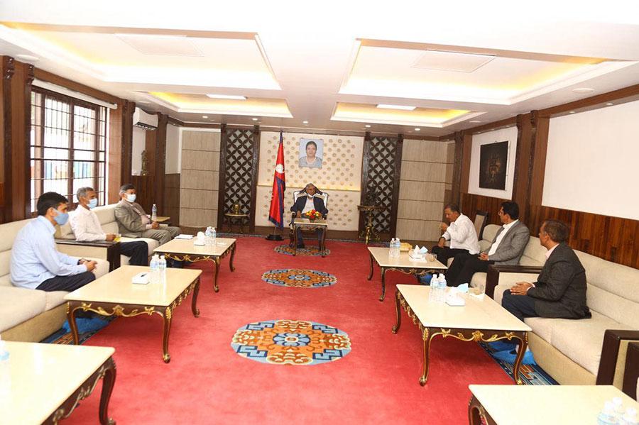 प्रधानमन्त्री शेरबहादुर देउवा र  (नेकपा) महासचिव 'विप्लव' बीच भेटवार्ता