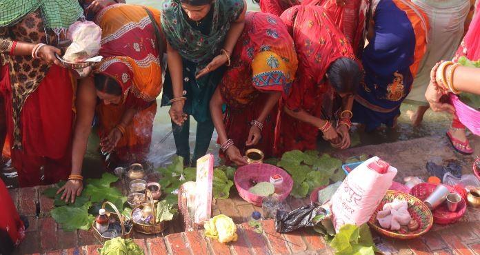 तराइका आदिवासी थारू समुदायका महिलाहरुको जितिया पर्व आजदेखि प्रारम्भ