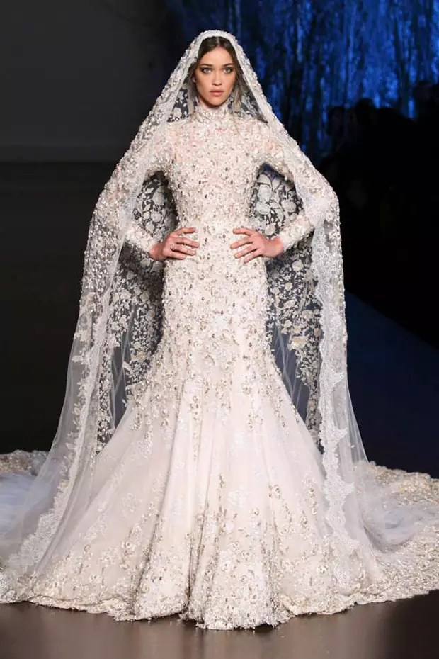 Ralph-and-Russo-Autumn-Winter-2015-2016-wedding-dress-44