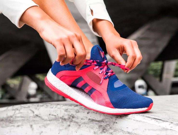 spor için spor ayakkabısı