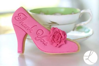 thank-you-high-heel-shoe-biscuit-baked-decorated-with-lindy-smith-cookie-cutter