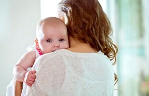 Bebek Kucaktan Nasıl Vazgeçer