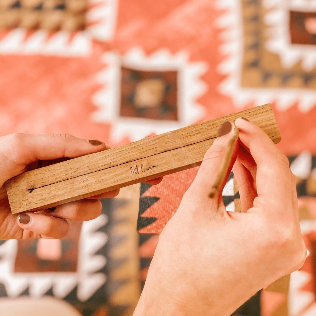 Wierookhouder hout