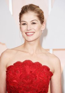 best-oscar-academy-award-beauty-rosamund-pike