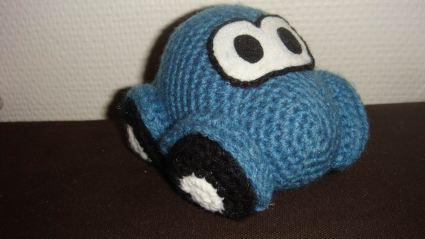 une pitite voiture - pour Yoyo