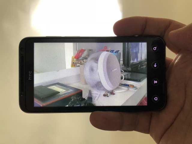 บนสมาร์ทโฟน จอ 3D ใช้เทคนิก Parallax barrier ในการแสดงผล