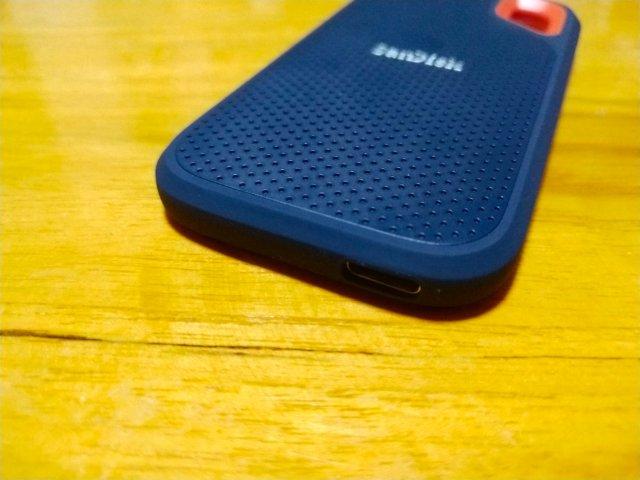 รีวิว SanDisk Extreme Portable SSD ฮาร์ดดิสก์พกพา เบา และอึด 4