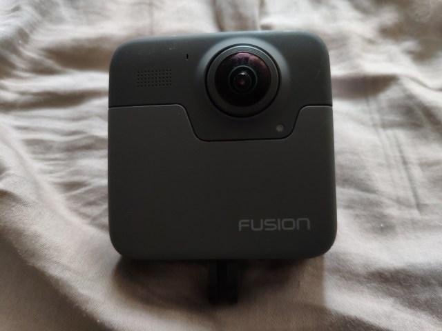 ด้านหลัง (Back) ของ GoPro Fusion