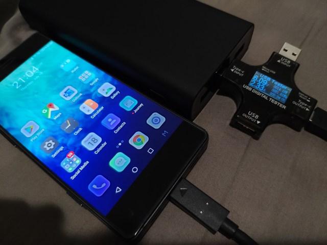ลองเอามาชาร์จสมาร์ทโฟนที่รองรับ QuickCharge 3.0 ดู