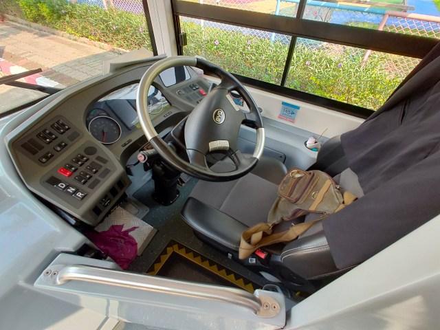ที่นั่งของคนขับรถ รถเมล์ไฟฟ้า BYD K9