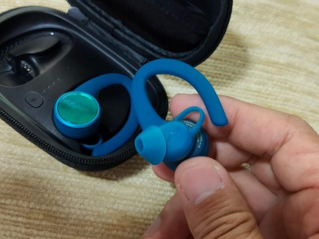 หูฟัง Plantronics BackBeat FIT 3200 ด้านขวา