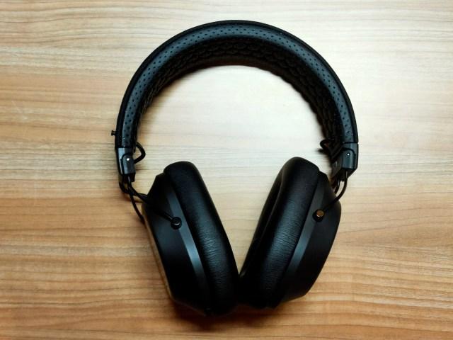 หูฟัง Plantronics BackBeat FIT 6100