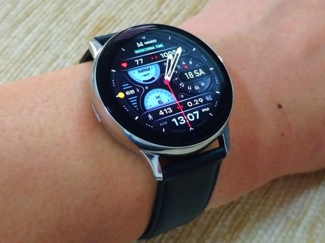 Samsung Galaxy Watch Active 2 กับหน้าปัดนาฬิกาแบบ Hybrid