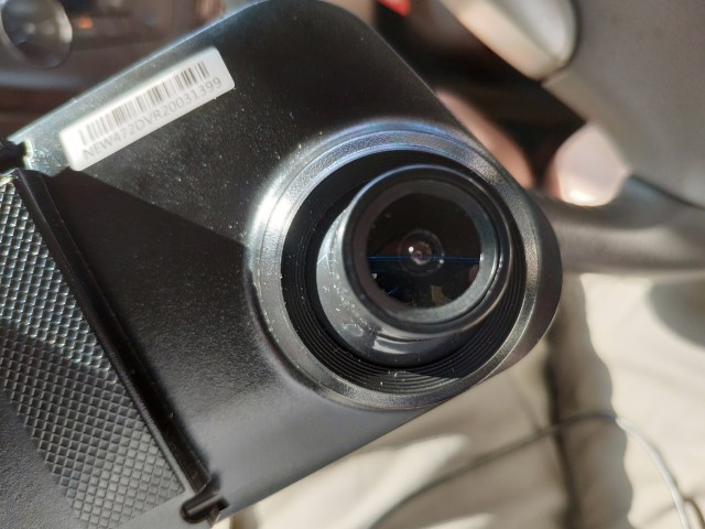 ส่วนกล้องหน้าของกล้องติดรถยนต์ Worldtech