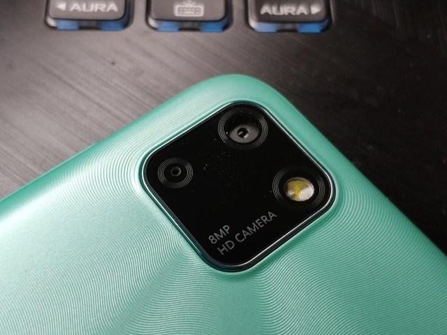 ภาพโคลสอัพของกล้องหลัง 8 ล้านพิกเซลของ Huawei Y5P