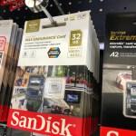 แผงขาย MicroSD card โฟกัสไปที่ SanDisk Max Endurance Card 32GB