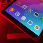 หน้าจอด้านล่างของแท็บเล็ต Huawei MatePad T8 แสดงรายชื่อแอปที่มากับตัวเครื่องบางส่วน