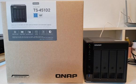 QNAP TS-451D2 และกล่องใส่