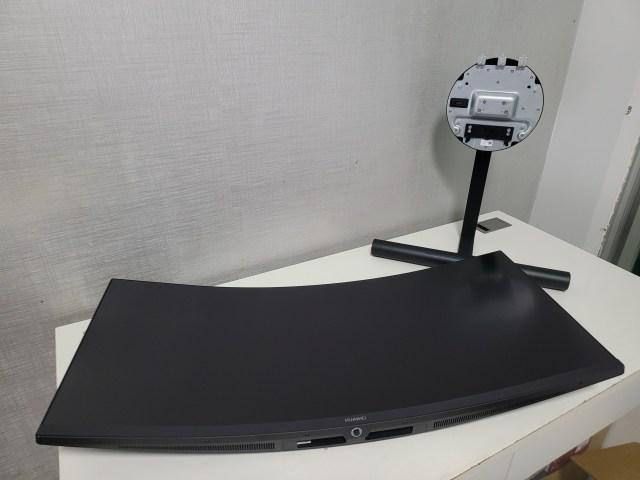 จอ Huawei MateView GT และขาตั้ง