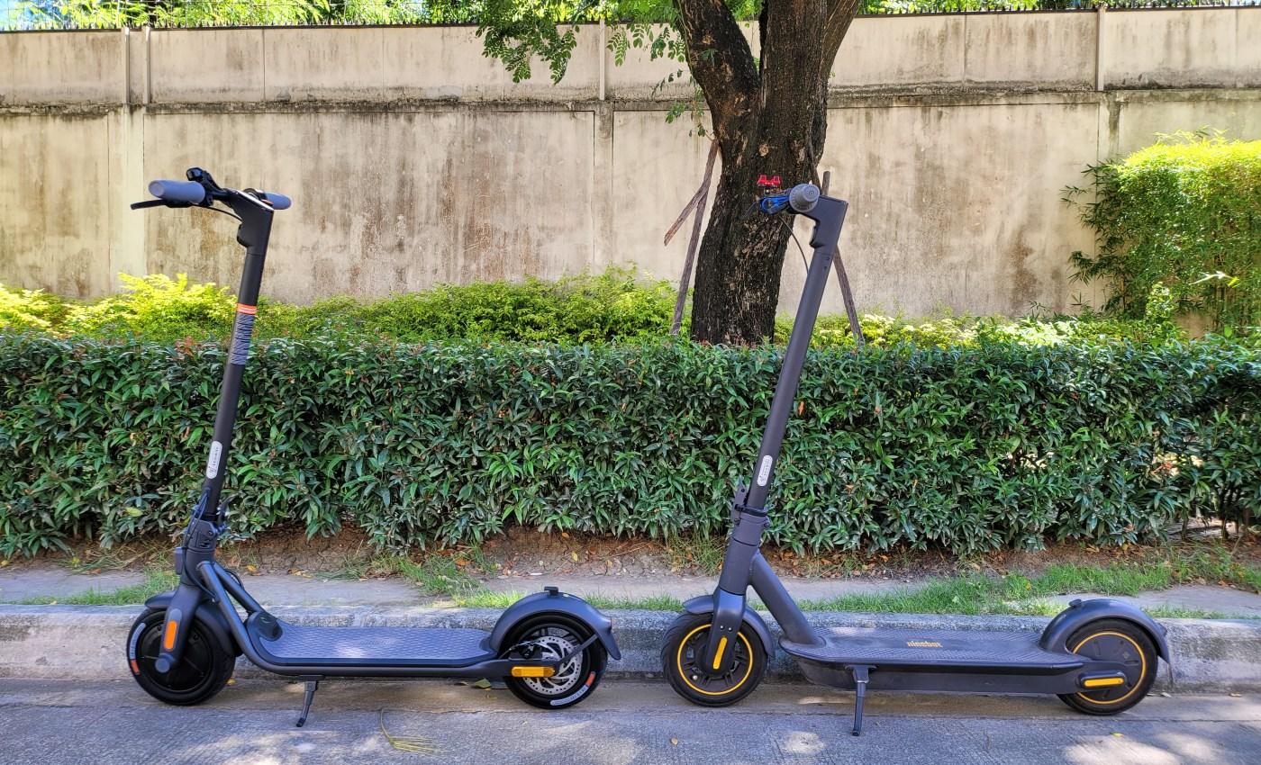 ซ้าย Ninebot Kickscooter F20A ขวา Ninebot Kickscooter MAX