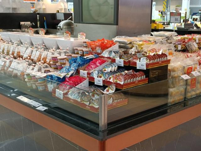ภาพมุมขายอาหารพร้อมรับประทานในห้างบิ๊กซี ถ่ายที่ระยะ 2x