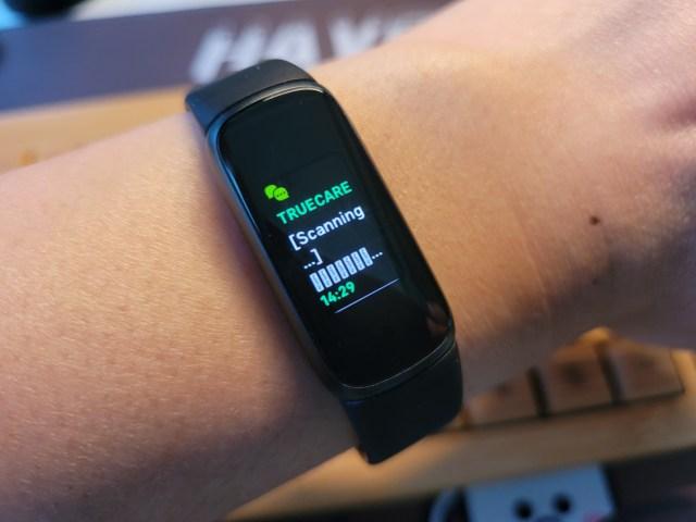 การแสดงผลภาษาไทยที่เป็นอักขระอ่านไม่ออกบน Fitbit Luxe