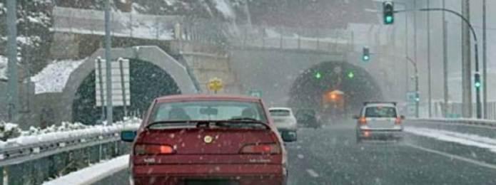 Προβλήματα στην εθνική οδό και στα χωριά από την χιονόπτωση