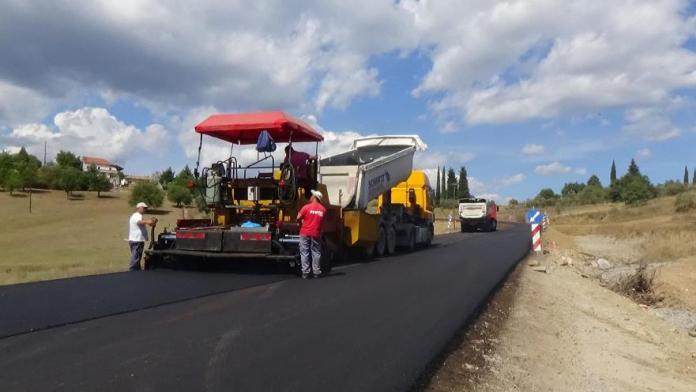 Δημοπράτηση 4 έργων σε δρόμους της Μεγαλόπολης από την Περιφέρεια Πελοποννήσου