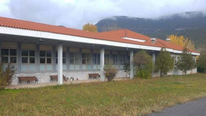 Στο ΕΑΠ παρέδωσε τις εγκαταστάσεις της Μαυρακείου Σχολής στη Μεγαλόπολη η ΔΕΗ