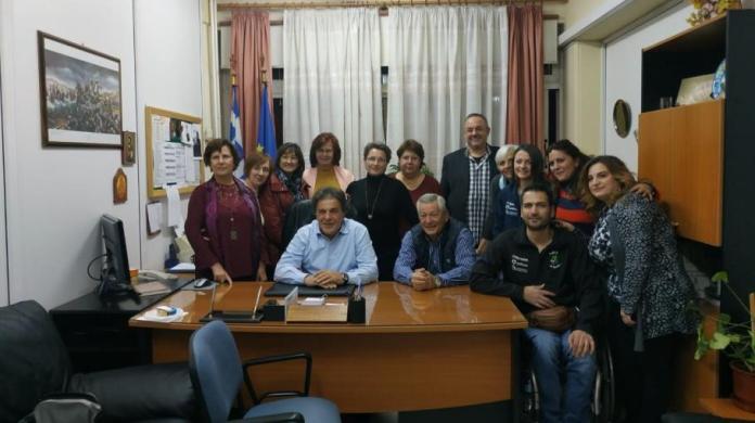 """Σύλλογος Γυναικών """"Καλλιστώ"""":Η εκδήλωση παράδοσης αμαξιδίου στο ΕΠΑΛ Μεγαλόπολης"""