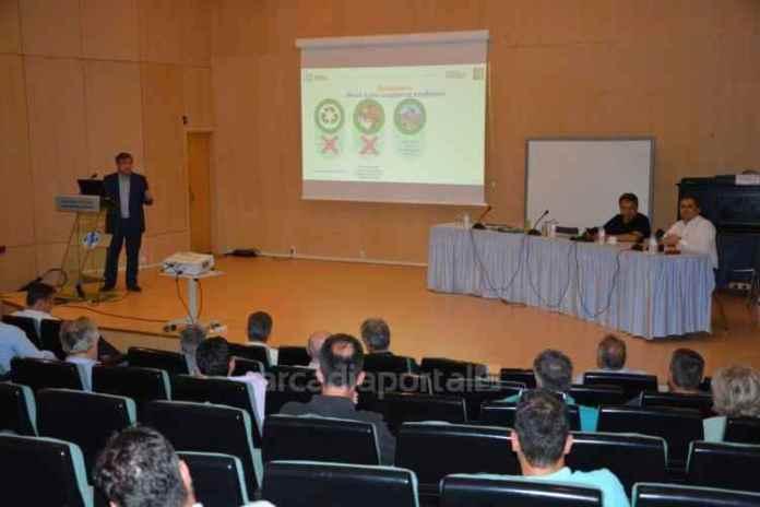 Τον Εθνικό Σχεδιασμό Διαχείρισης Αποβλήτων παρουσίασε ο Γραφάκος στους δημάρχους της Πελοποννήσου (pics,vid)