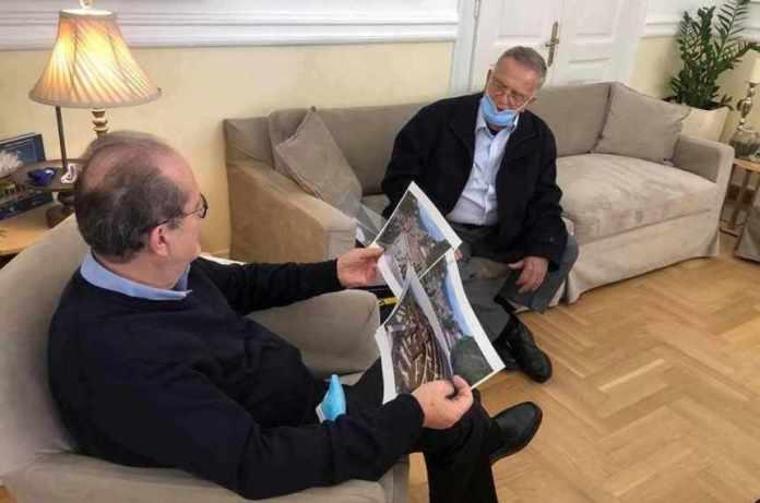 Η Καρύταινα το αντικείμενο συνάντηση του περιφερειάρχη Π. Νίκα με τον πρόεδρο του συλλόγου Καρυτινών Γ. Αδαμόπουλο