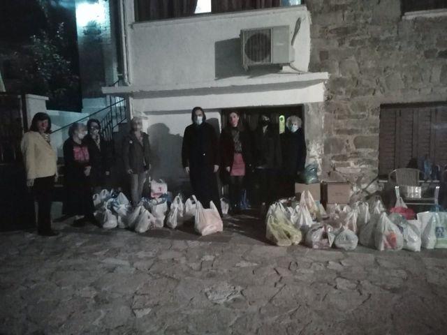 Σύλλογος Γυναικών Μεγαλόπολης: Παραδόθηκαν τα τρόφιμα για την ενίσχυση του συσσιτίου της Μητρόπολης
