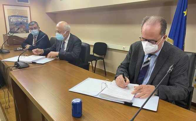 Υπεγράφη η ΣΔΙΤ για την Ολοκληρωμένη Διαχείριση Απορριμμάτων Περιφέρειας Πελοποννήσου