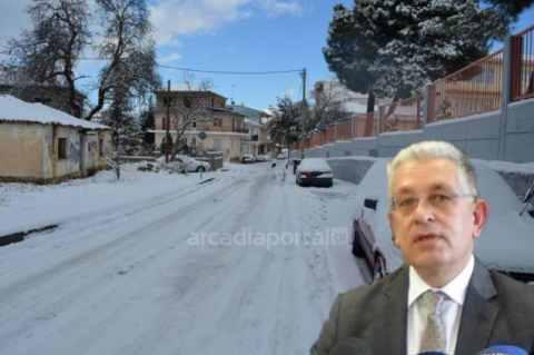 Λαμπρόπουλος: Χωρίς προβλήματα η κίνηση στο οδικό δίκτυο – Προτεραιότητα η πρόσβαση στα εμβολιαστικά κέντρα