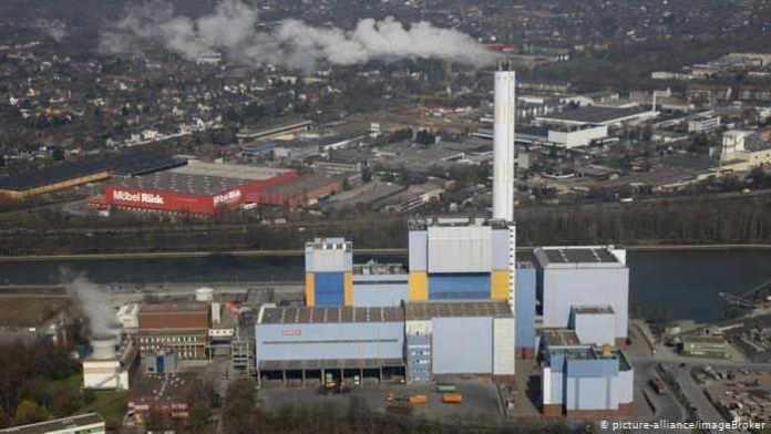 Μετατροπή μονάδων εξετάζει η ΔΕΗ σε Πτολεμαΐδα και Μεγαλόπολη για καύση ή αεριοποίηση απορριμμάτων