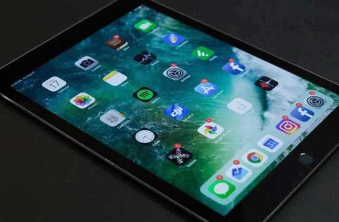 Δωρεά 50 tablets από τον εφοπλιστή Θανάση Μαρτίνο στα σχολεία της Γορτυνίας