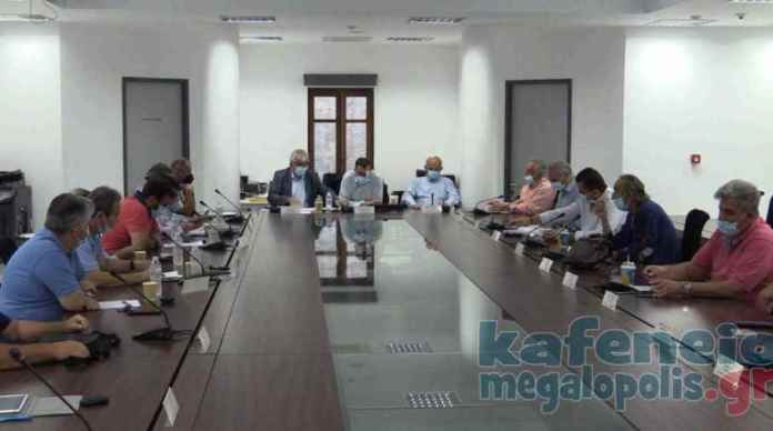 Τι συζητήθηκε στο δημοτικό συμβούλιο Μεγαλόπολης για Βιολογικό, Προγράμματα ΟΑΕΔ και μηχανήματα ιδιωτών που συμμετείχαν στην κατάσβεση των πυρκαγιών (video-photo)