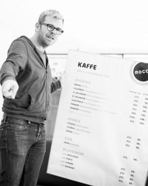 Kostbar kaffe er aldri dyrt, bare kostelig og deilig! Allerede i 2007 kunne Thoresen tilby spesialkaffe opp til 1400 kr kiloen på Mocca kaffebar & brenneri i Oslo.